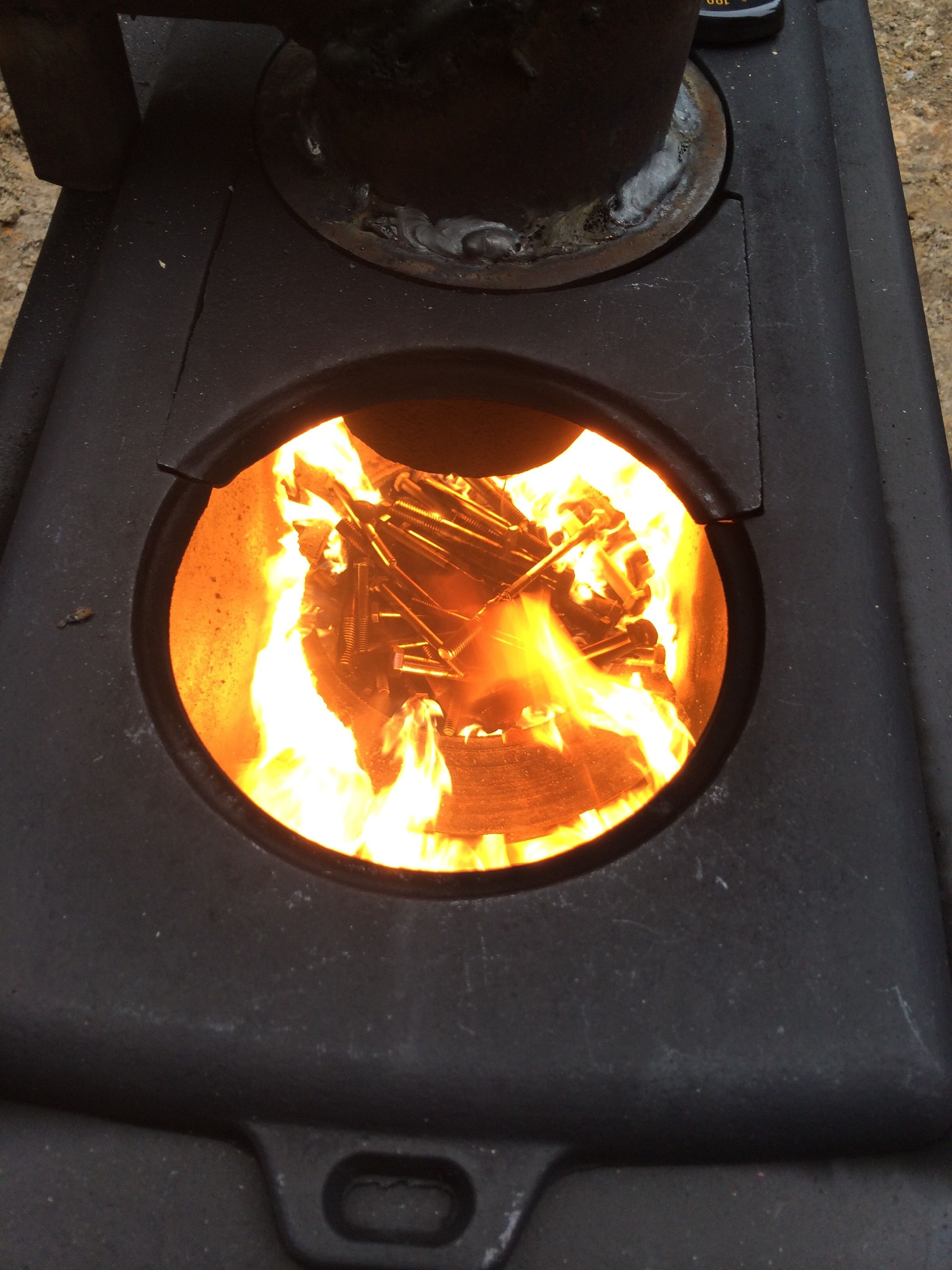 Waste Motor Oil Burner Test Using Old Bolts And Drip Oil
