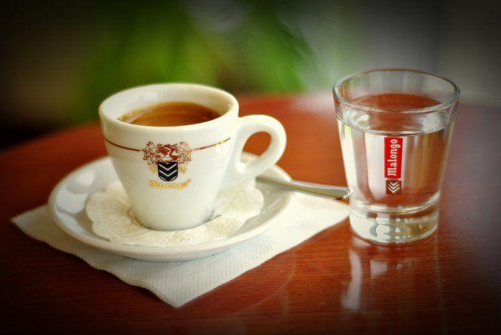 Pin By Ewa Kubiczek On Coffee Cafe Kawa Kava Kaffee Caffe Coffee Cafe Caffe Tableware