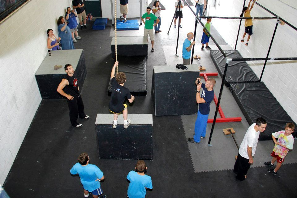 American Ninja Warrior Gyms To Train At Movement Lab Hey I Know These