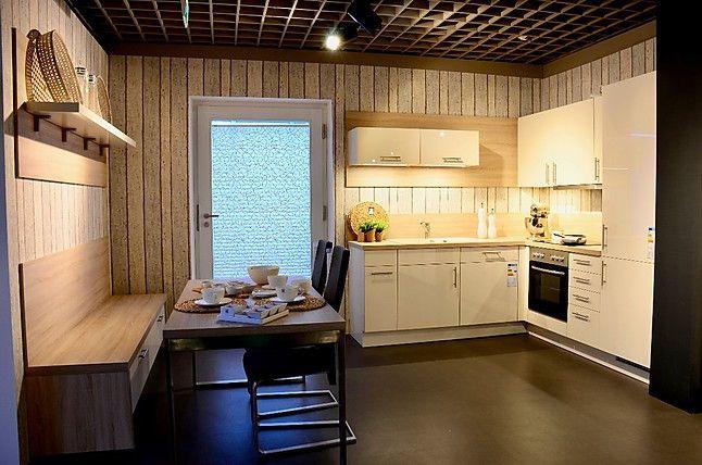 Nobilia-Musterküche Moderne Design-Küche in Magnolia Hochglanz - küche hochglanz oder matt