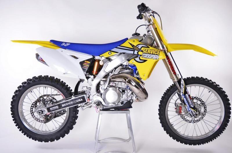 Here's Travis … Pastrana's 500cc RM-Zilla