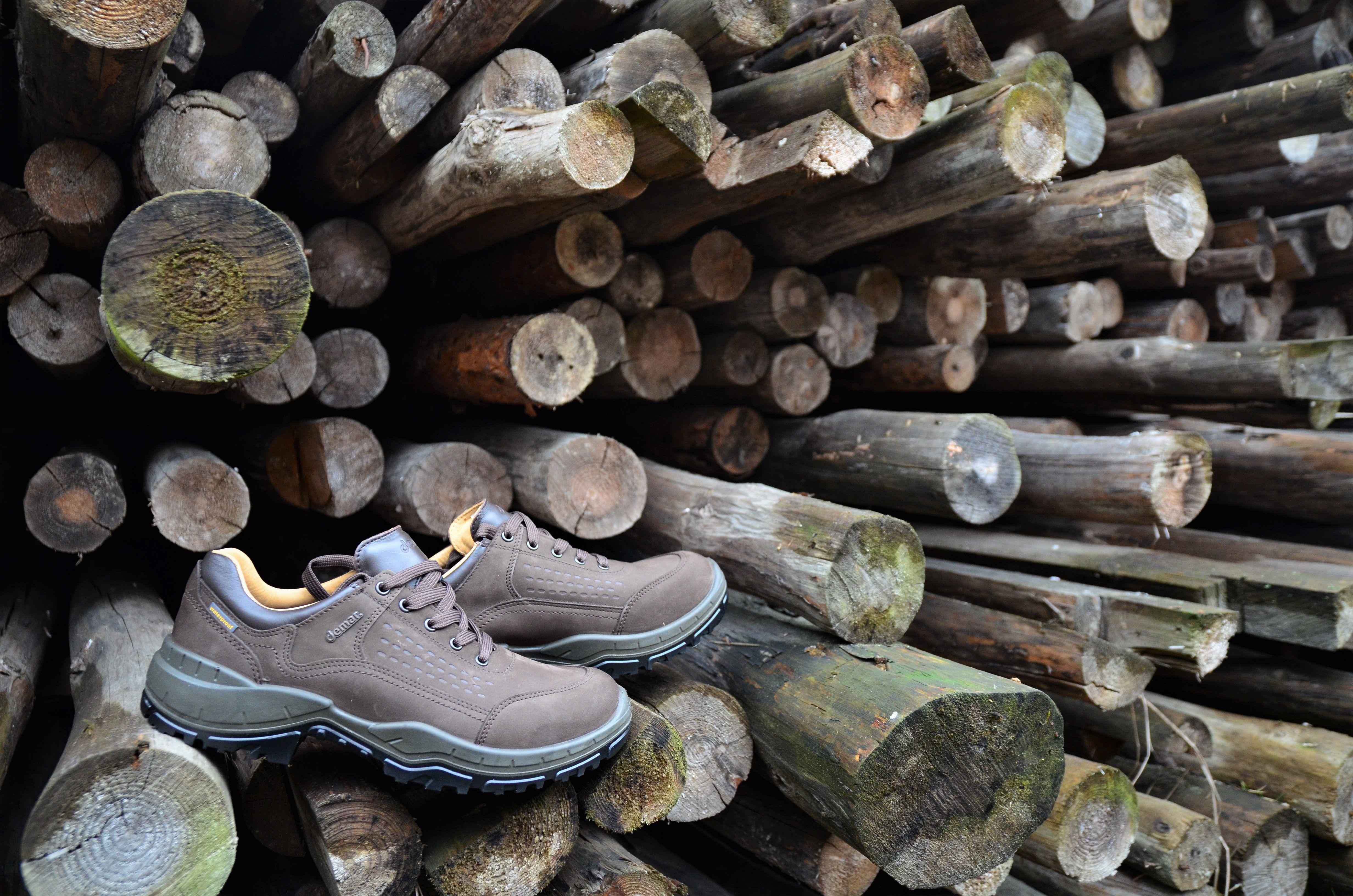 Kiedy Lesna Glusza Wzywa Przydaloby Sie Miec Pod Reka Wygodne Obuwie Trekkingowe Mysliwskie Czy Wedkarskie Obuwie Znajdziesz U Nas Shoes Hiking Boots Vibram