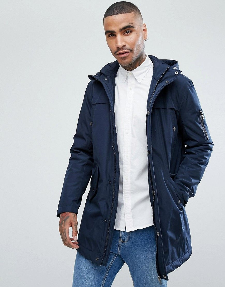Get this Stradivarius's parka now! Click for more details