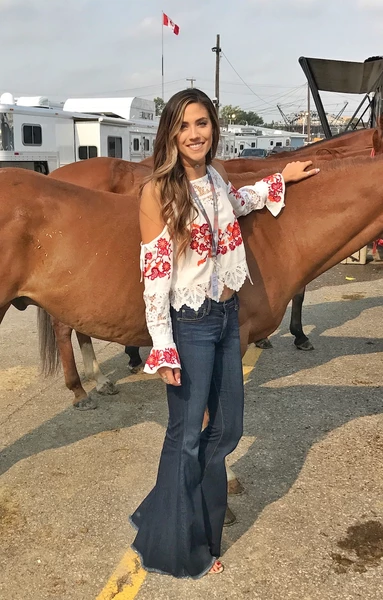 Haute On The Ranch: A Q&A with One of the Most {BA} Cowgals We Know--Jena Knowles!