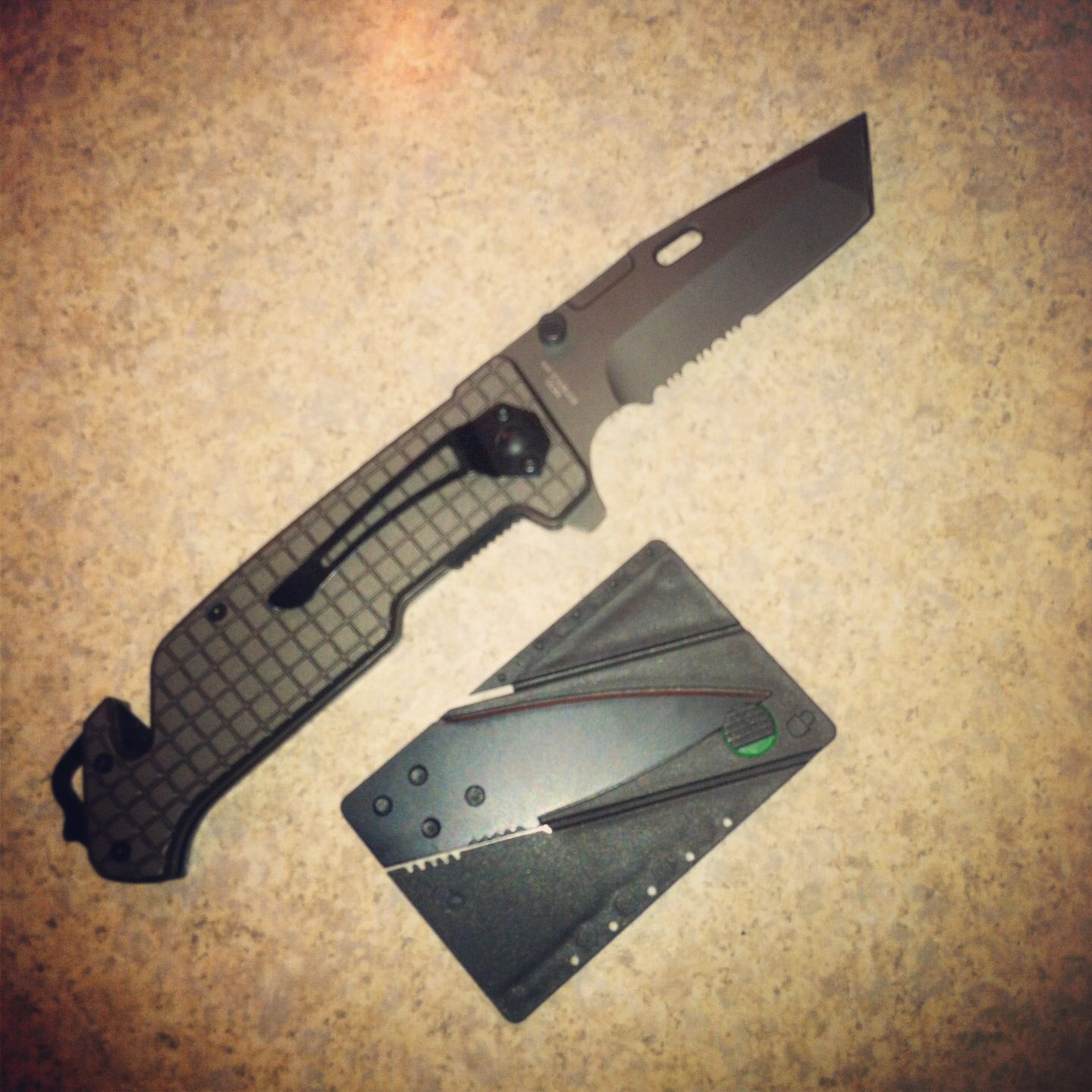 2 new additions to my everyday carry kit (EDC)  Tanto folder and