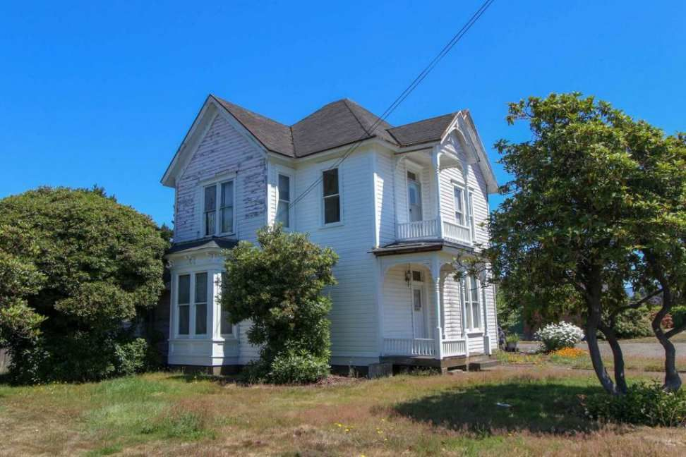 C 1890 Queen Anne Tillamook Or 175 000 Old House Dreams Old House Dreams Queen Anne Great House