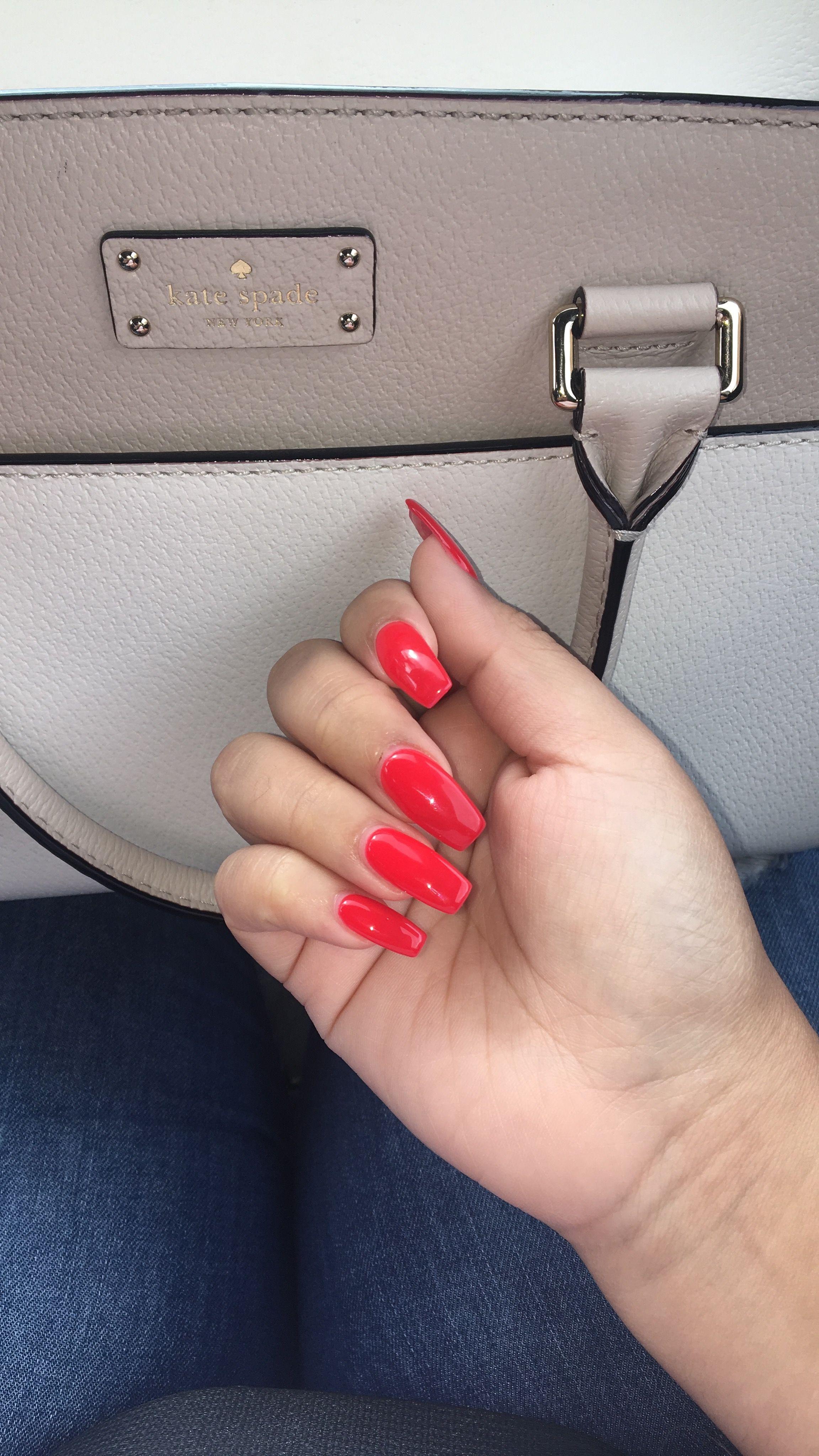 DND no chip nail polish in the shade \