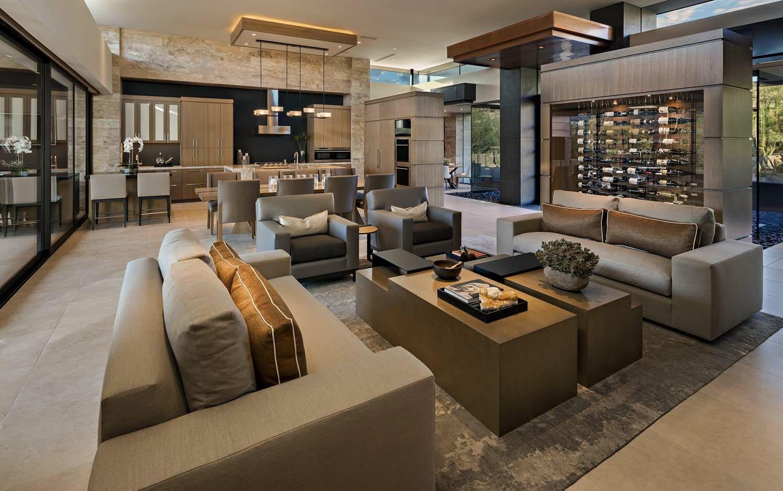 Sensational contemporary desert home blurring indoor outdoor