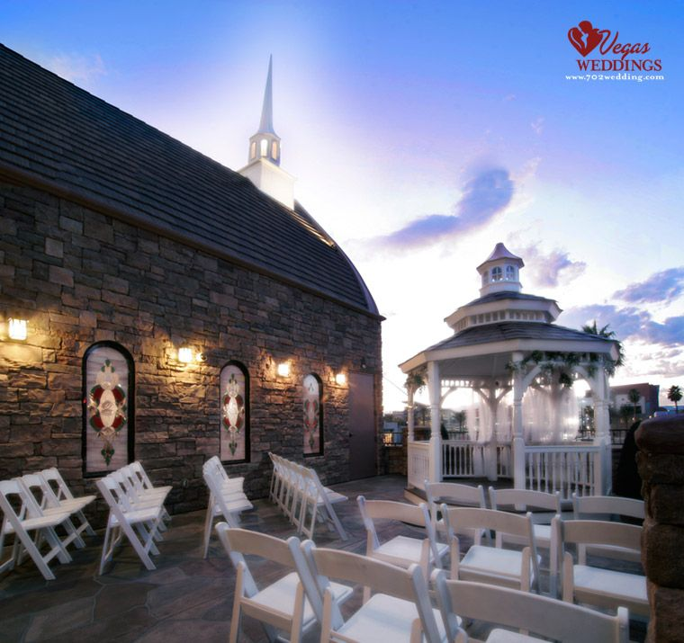 The terrace outdoor venue at vegas weddings seats 40 for Terrace gazebo
