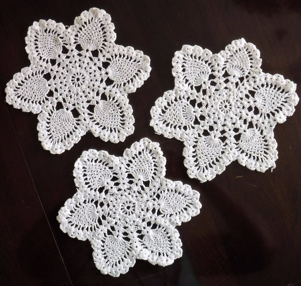 3 vintage crocheted star doilies with pineapple motifs 8 2 wide 3 vintage crocheted star doilies with pineapple motifs 8 2 wide white dt1010fo