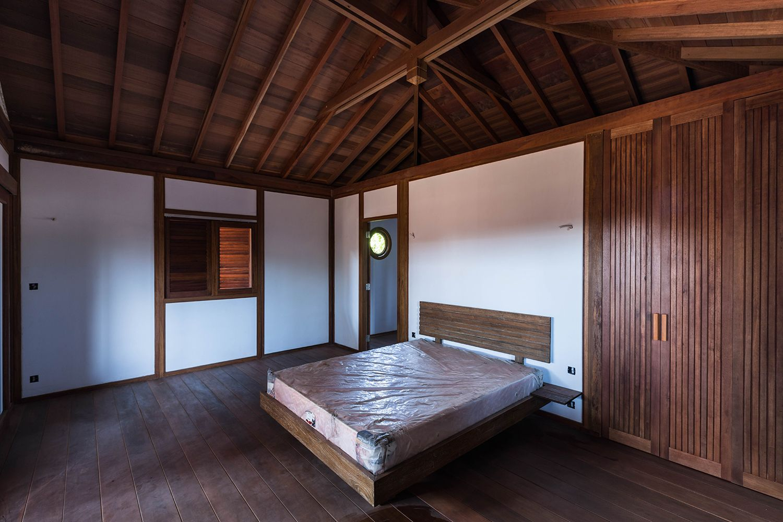 Mobiteck bungalow bois et intérieur blanc modèle bahamas