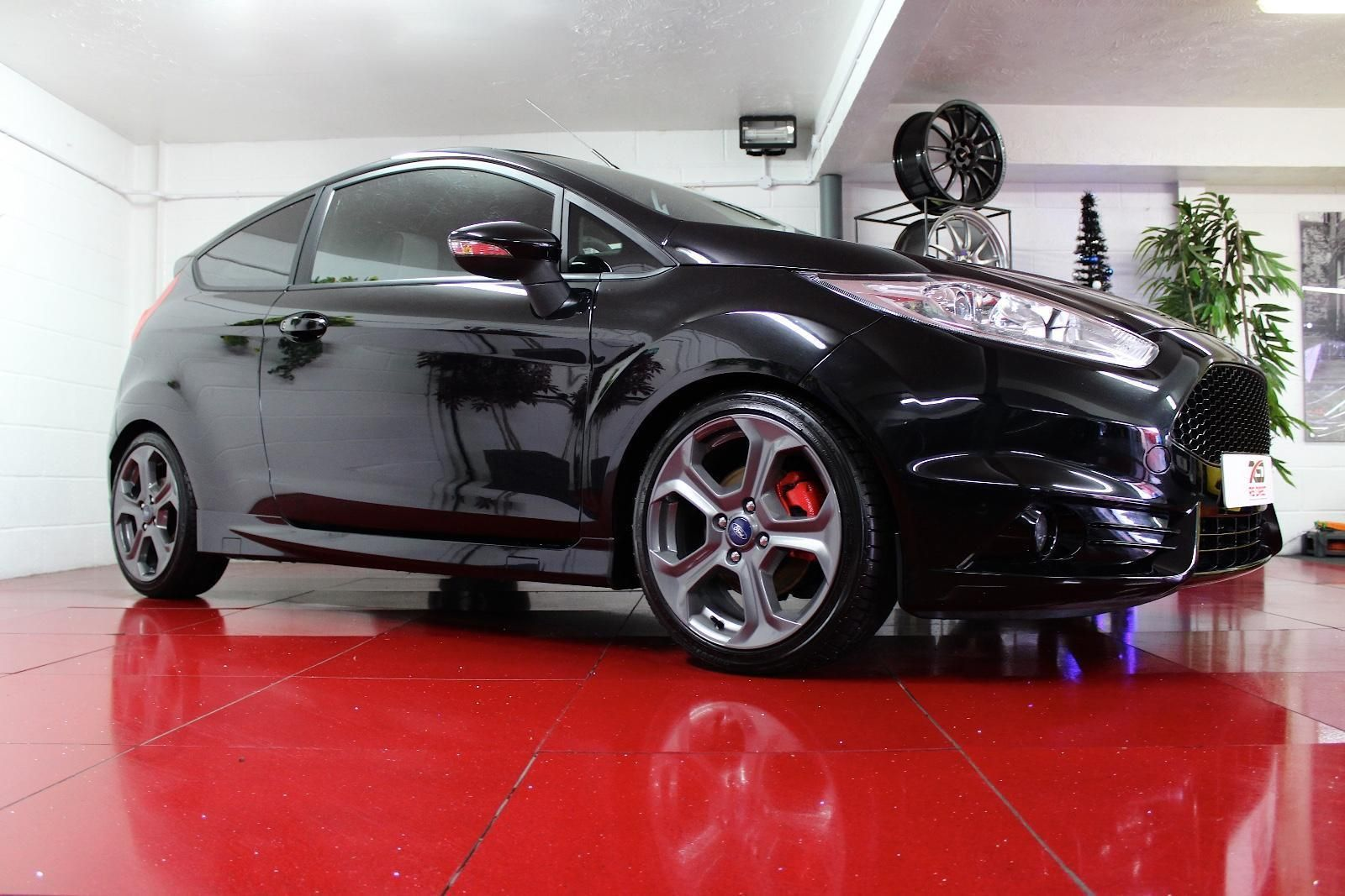 Check Out This Fast Ford Ford Fiesta St Mountune Mr230 One Lady