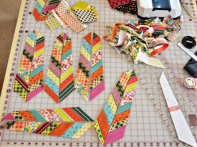Gorgeous feather blocks from Anna Maria Horner's free pattern ... : anna maria horner feather quilt - Adamdwight.com