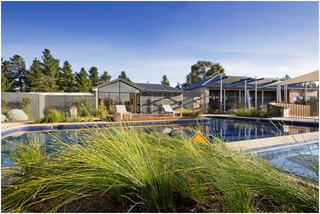 Wyndham Seven Mile Beach Wyndham Hotel Group Hotels Resorts Resort Pools Wyndham Resorts Holiday Places