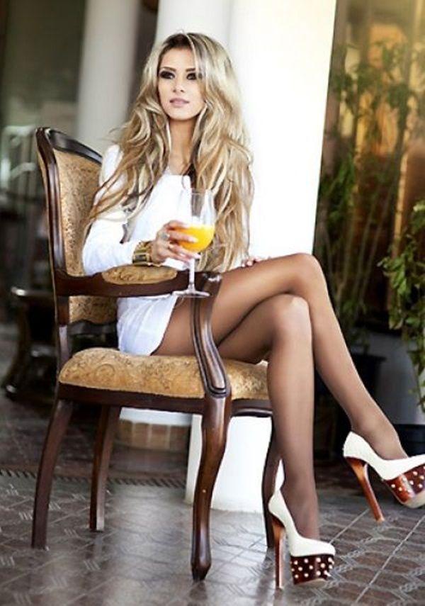 Glamorous Girls In High Heels