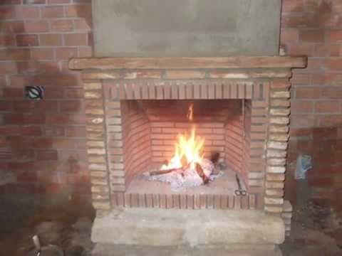 Como hacer una chimenea r stica de ladrillos - Como colocar una chimenea de lena ...