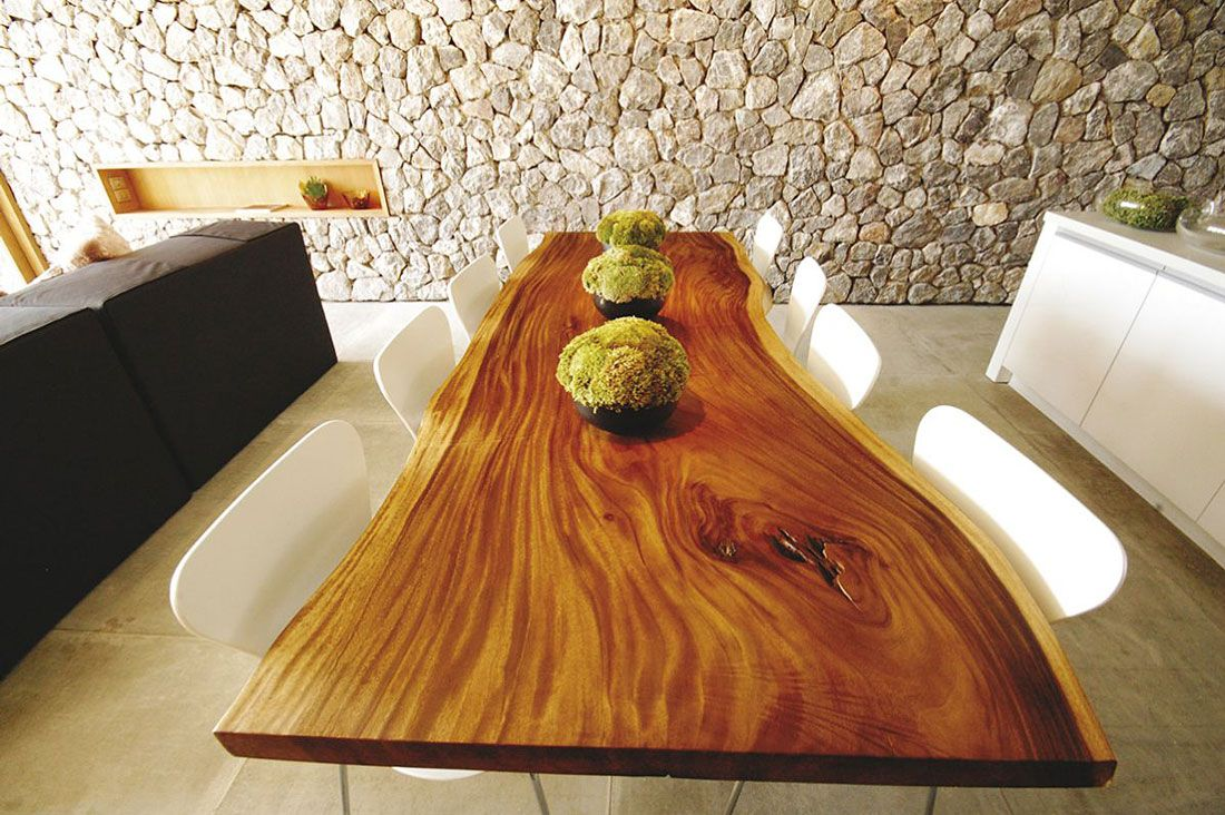 Beautiful Solid Wood Table Combined Well With Natural Stone Wall