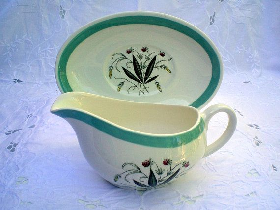 Vintage Gravy Boat and Stand, Sauce Boat, Alfred Meakin
