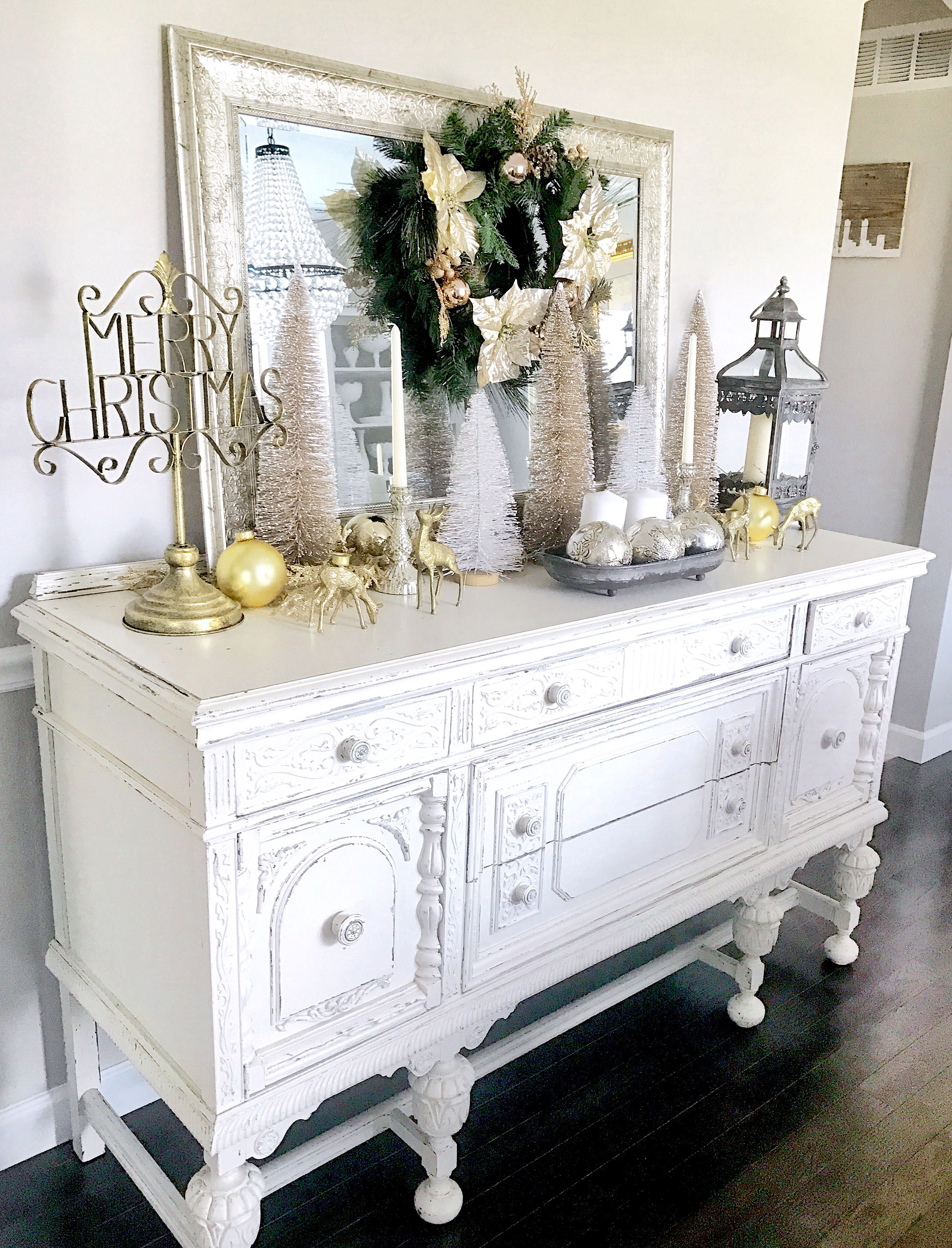 christmas decorating ideas for dining room buffet