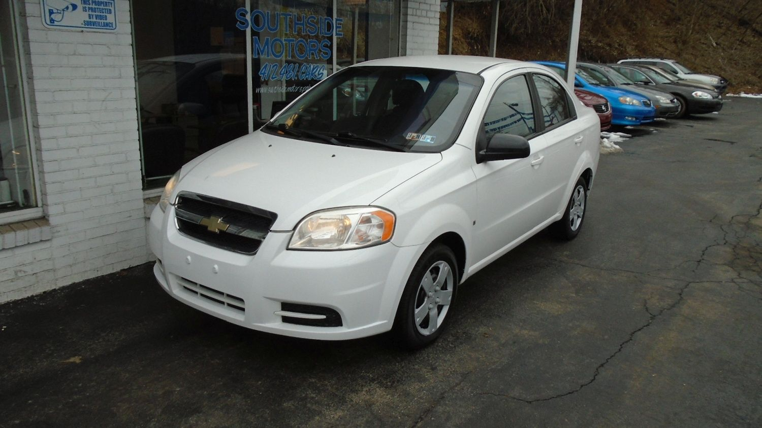 2009 Chevrolet Aveo Lt Easy To Handle And Great On Gas Latest Cars Vehicles Used Cars
