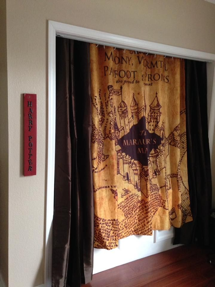 Simple Harry Potter Girls Bedroom Her Nook Bed With Marauder S Map Curtain We
