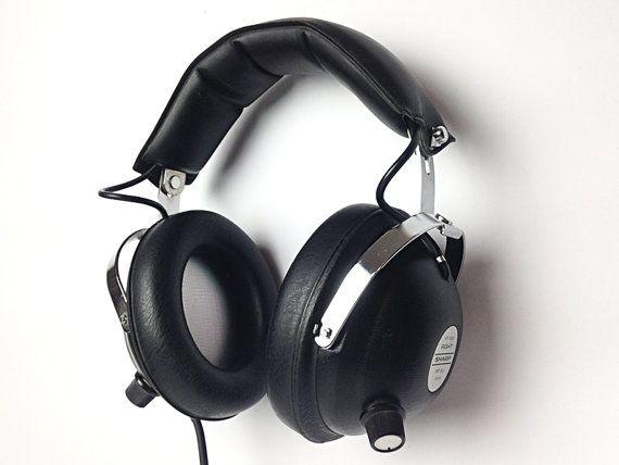 0b264bb8490 Vintage Black Headphones / Space age / SHARP HP-300 / Japan 70s / ipod  iphone ready
