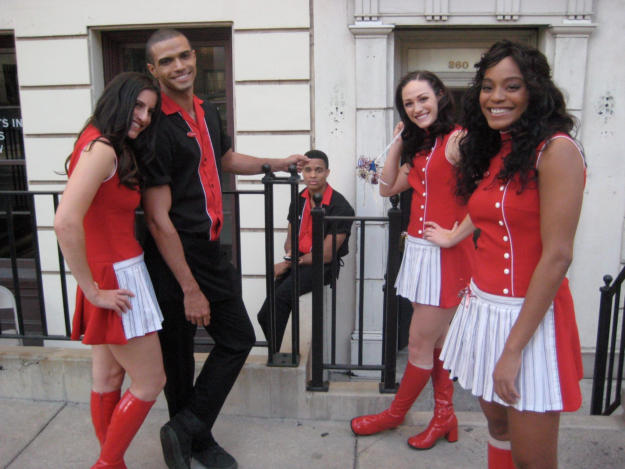Dancer quin litpon and others on set for glee fashion