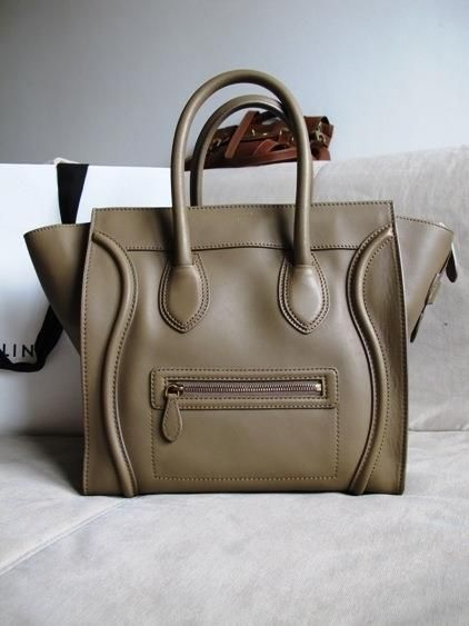 9897409b4473 Celine Luggage Tote bag used by Oprah.. i wanna have this -)