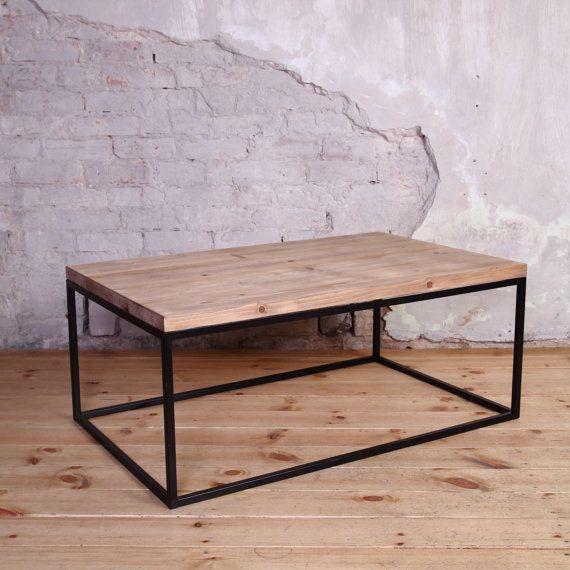 Industrial Metal Framed Coffee Table | Casas y Decoración