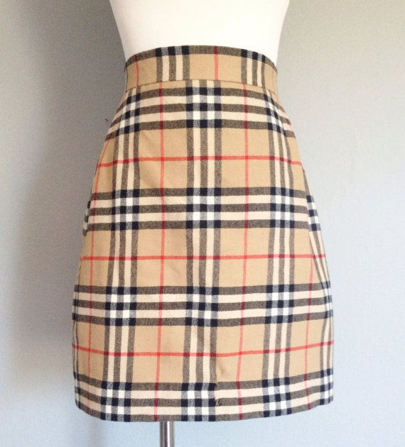 Vintage Authentic Burberry Plaid Skirt | Burberry plaid, Plaid and ...