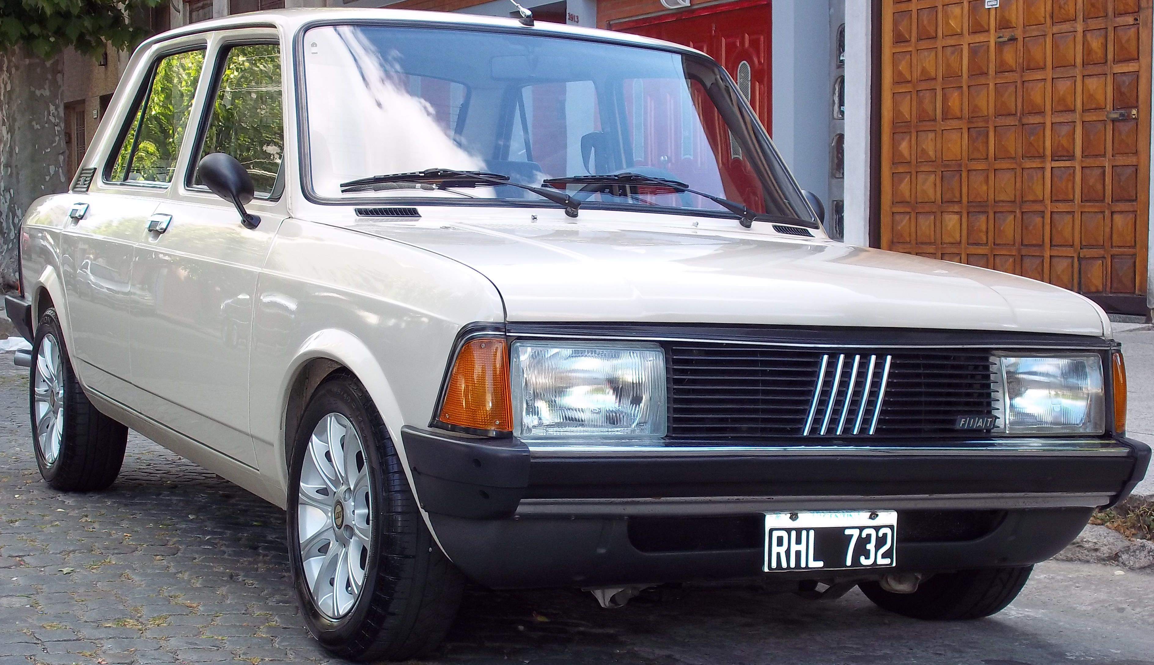 Fiat 128 Super Europa Cl 1 3 Http Www Arcar Org Fiat 128 Super