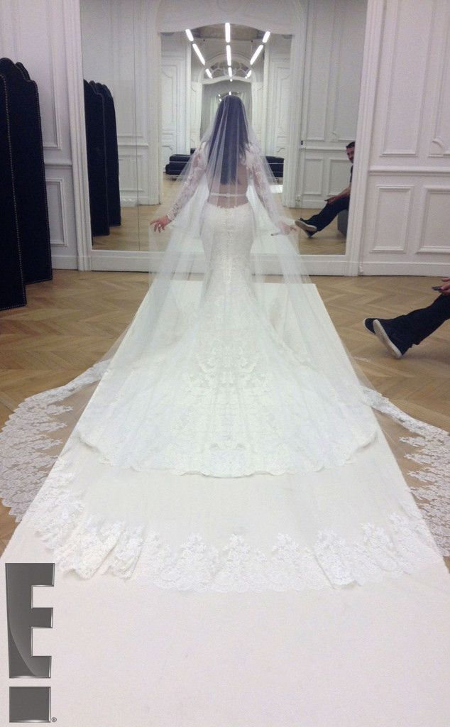Kim Kardashian Wedding Dress Kanye