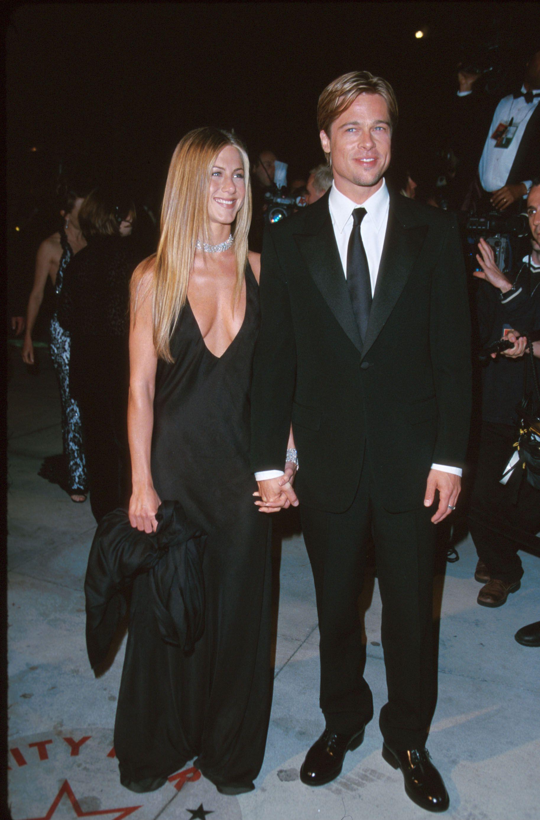 14 Times Jennifer Aniston Dressed Like Her Dude Jennifer Aniston Dress Jennifer Aniston Jennifer Aniston Wedding