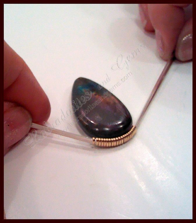 How To Wire Wrap a Stone. Detailed free tute for formal wrap. #Wire ...