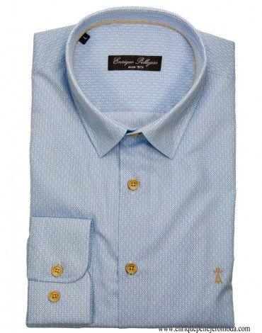 0e429a2b31b6 Enrique Pellejero camisa de vestir color celeste con dibujo rombos, manga  larga y cuello con