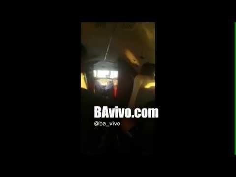 ❝ Se abre la puerta del avión del equipo de fútbol Racing Club de Argentina durante el despegue ❞ ↪ Vía: Entretenimiento y Noticias de Tecnología en proZesa