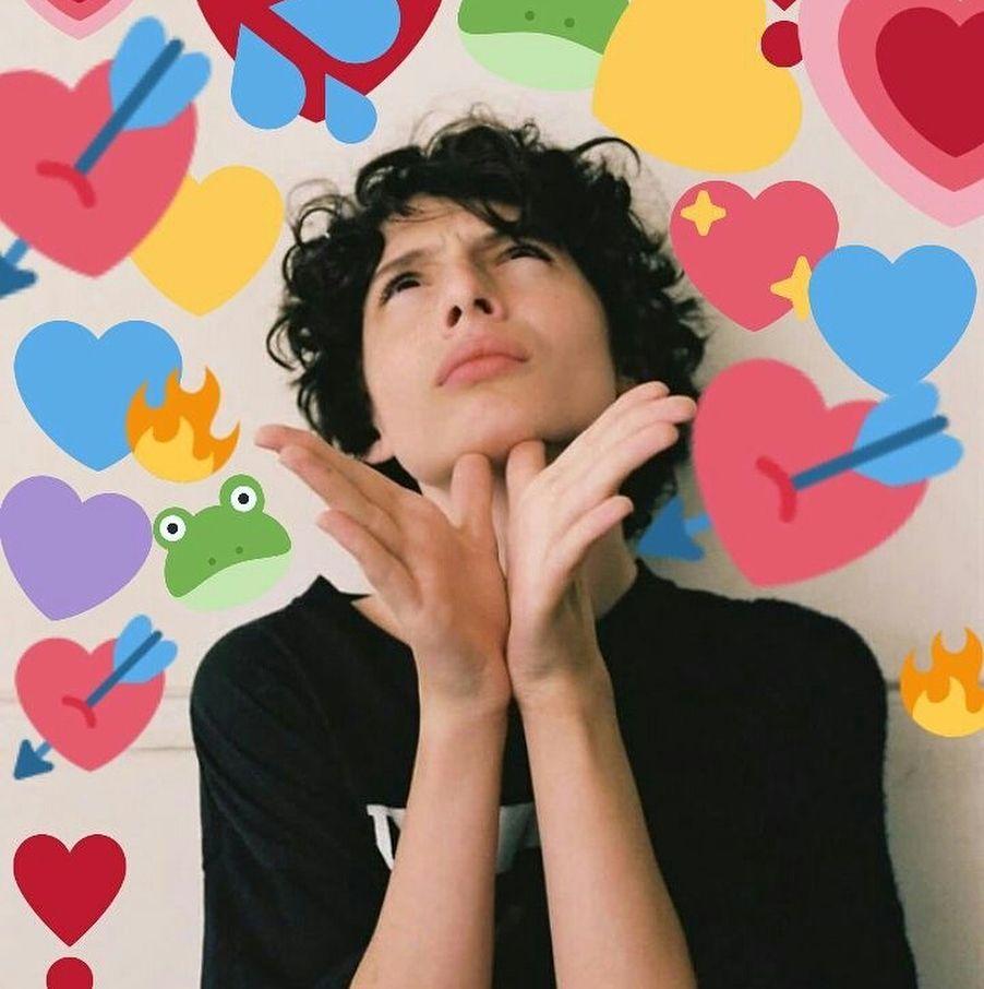 Finn Pictures To Keep Your Day Going Finnwolfhard Strangerthings Netflix Cast Stranger Things Stranger Things Meme Love Memes