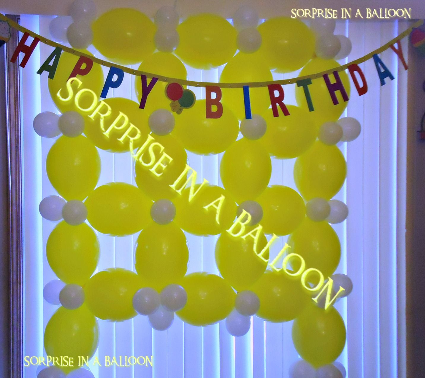 BALLOON WALL BY SORPRISE IN A BALLOON | BALLOON DECORATIONS ...