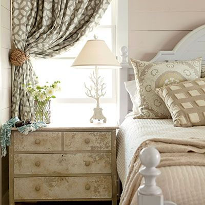 how to create a vintage bedroom