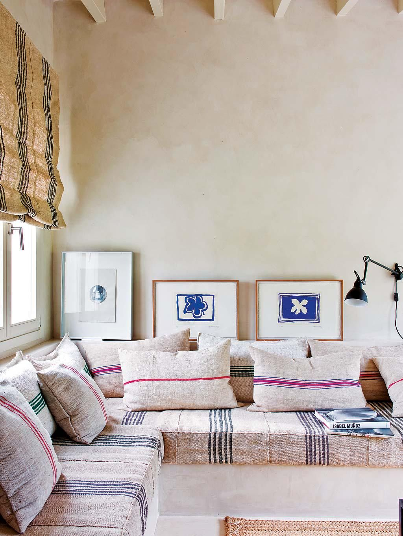 Neutral, linen corner couch cream walls, interior nook living room ...