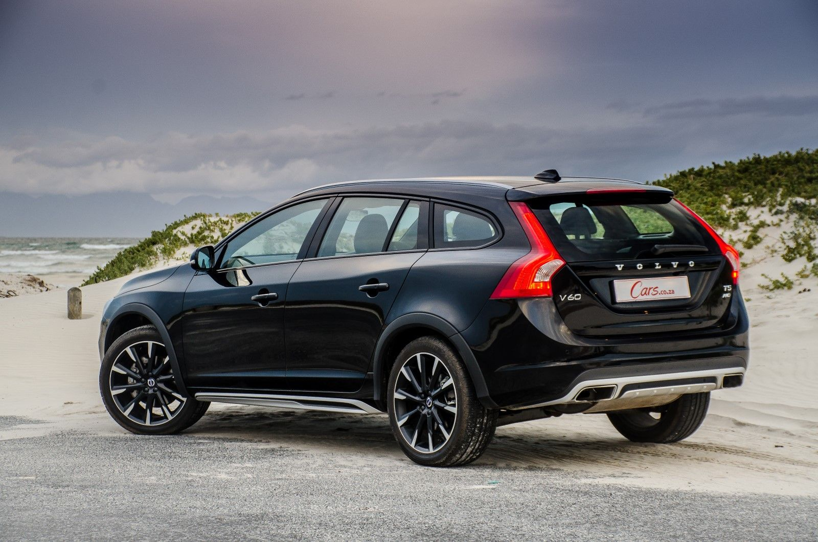 We drive the volvo v60 cross country t5 a raised up all