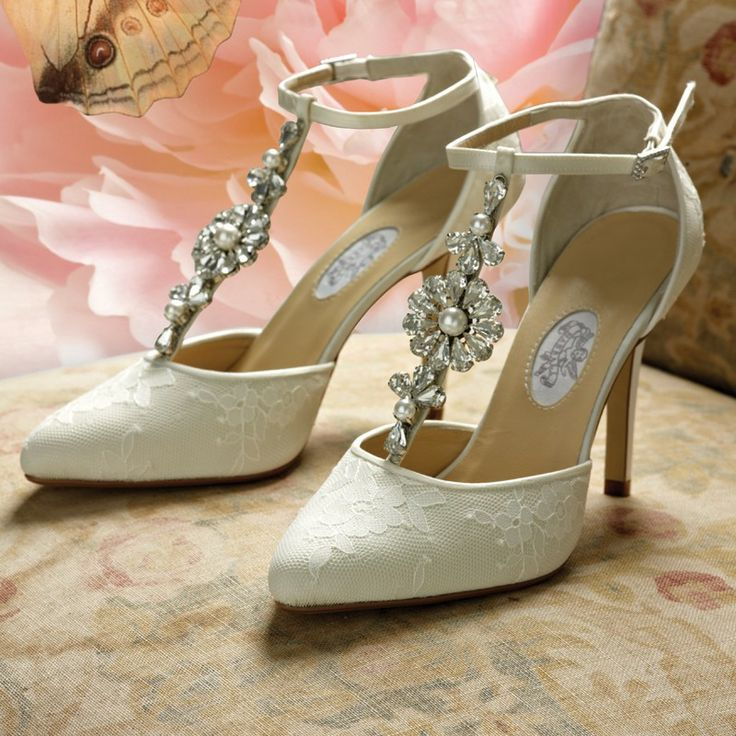 ivory wedding shoes with daisies - Google Search