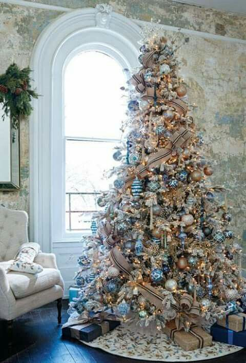 Blue Tan And Silver Christmas Tree Decor Elegant Unexpected And Classy Blue Christmas Decor Beautiful Christmas Trees Elegant Christmas Trees