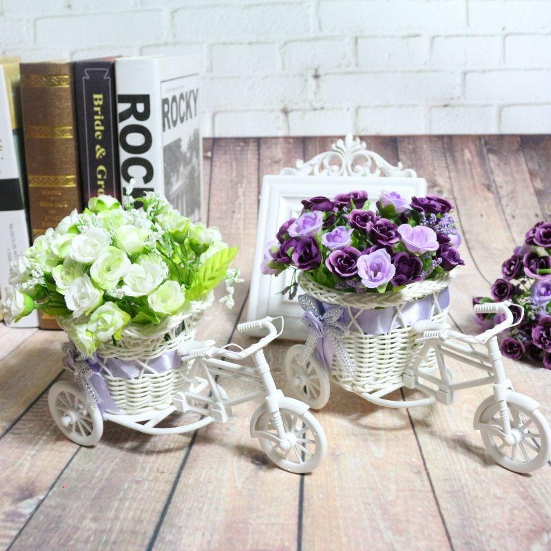 white flower pots plastic