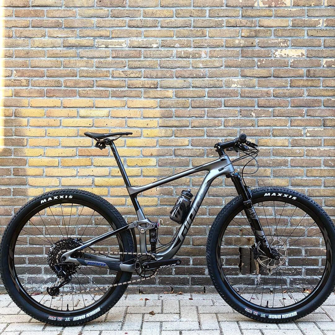 Giant Anthem Advanced Pro 1 29 Bicicletas