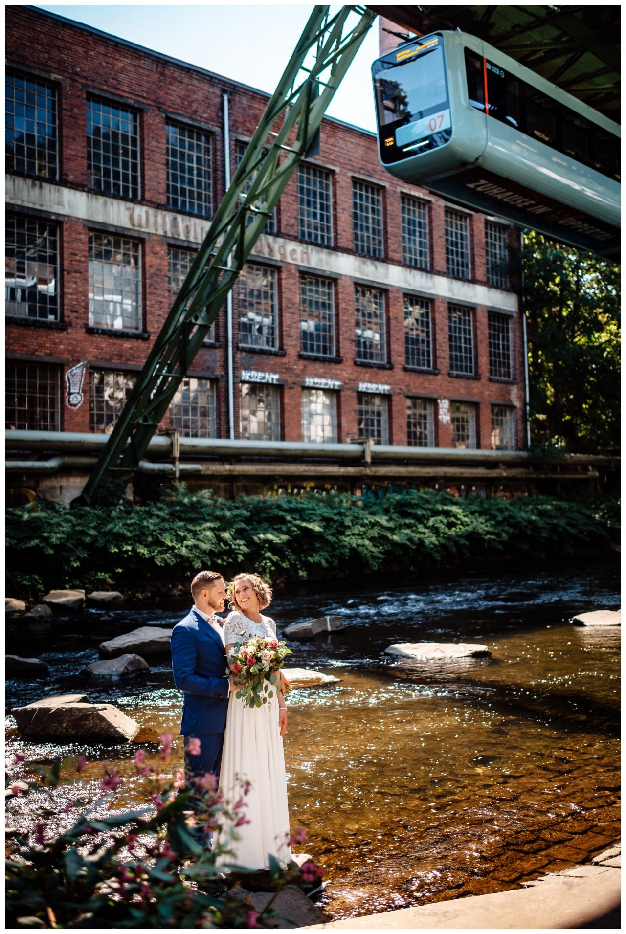 Herr Der Ringe Hochzeit In Wuppertal In 2020 Hochzeit Hochzeitsfotos Hochzeitsfeier