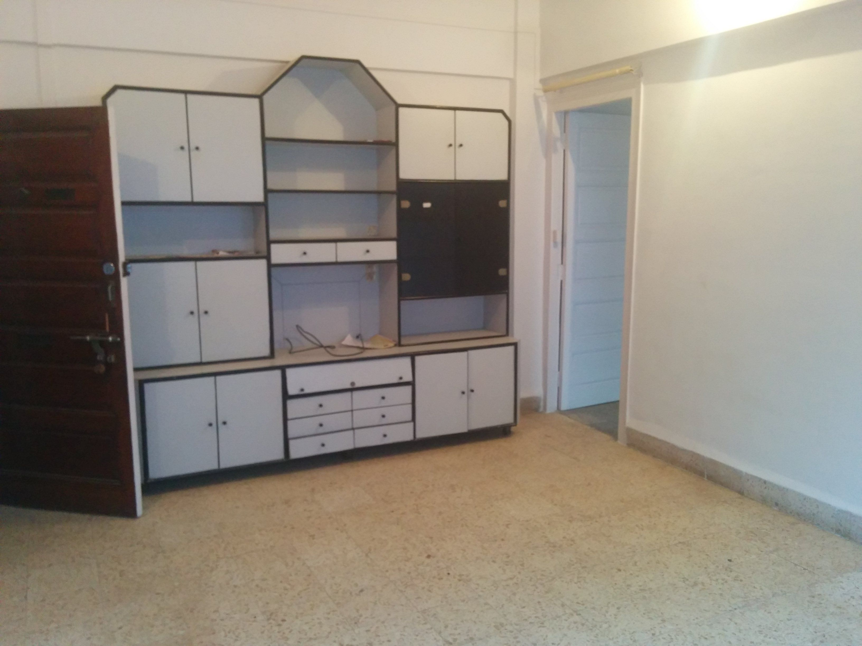 Id058 1bhk Large 10 Mins Walk From Nmims Price 35k Home Decor Decor Home