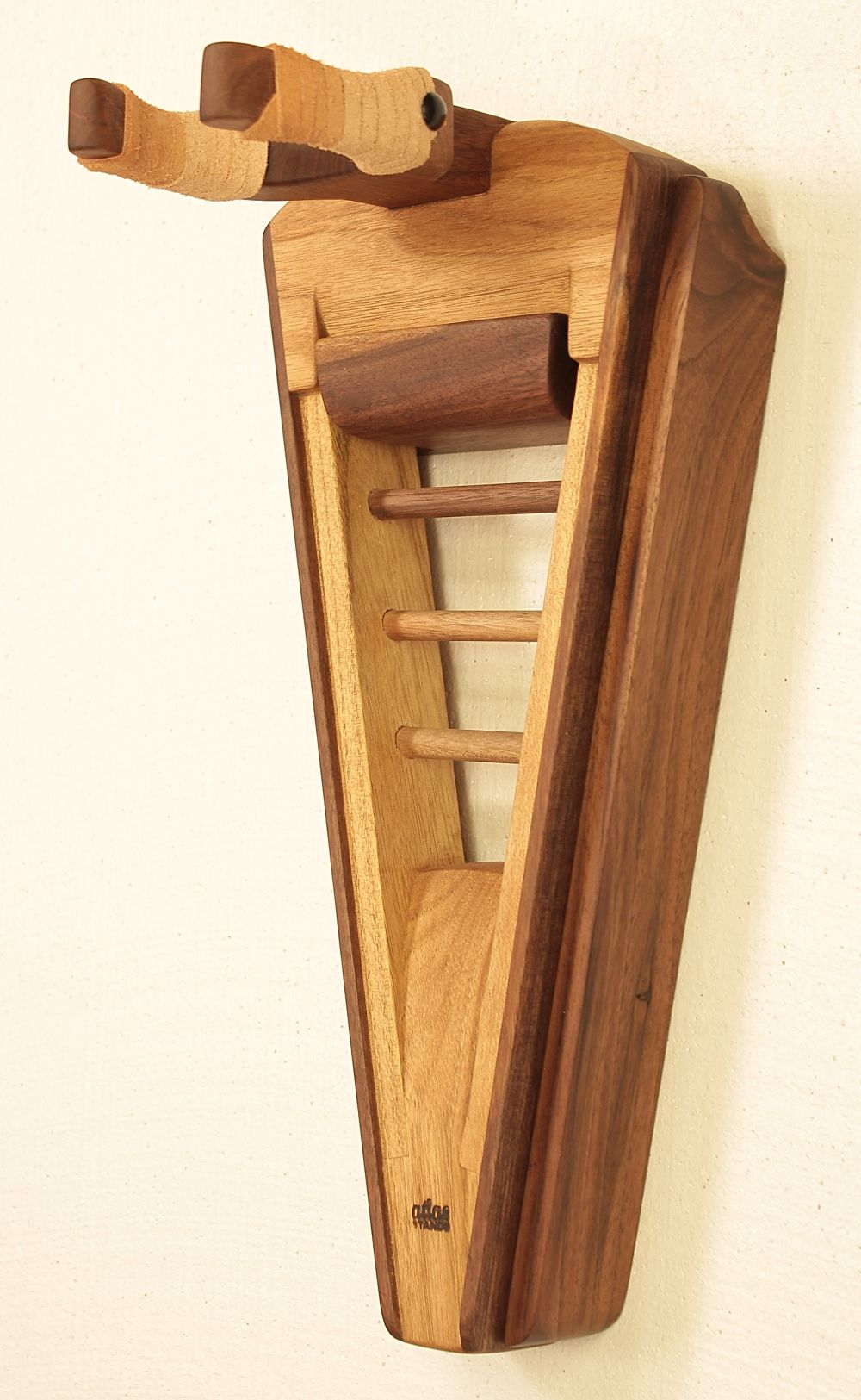 Pin By Nate Spaulding On Guitar Ideas Guitar Stand