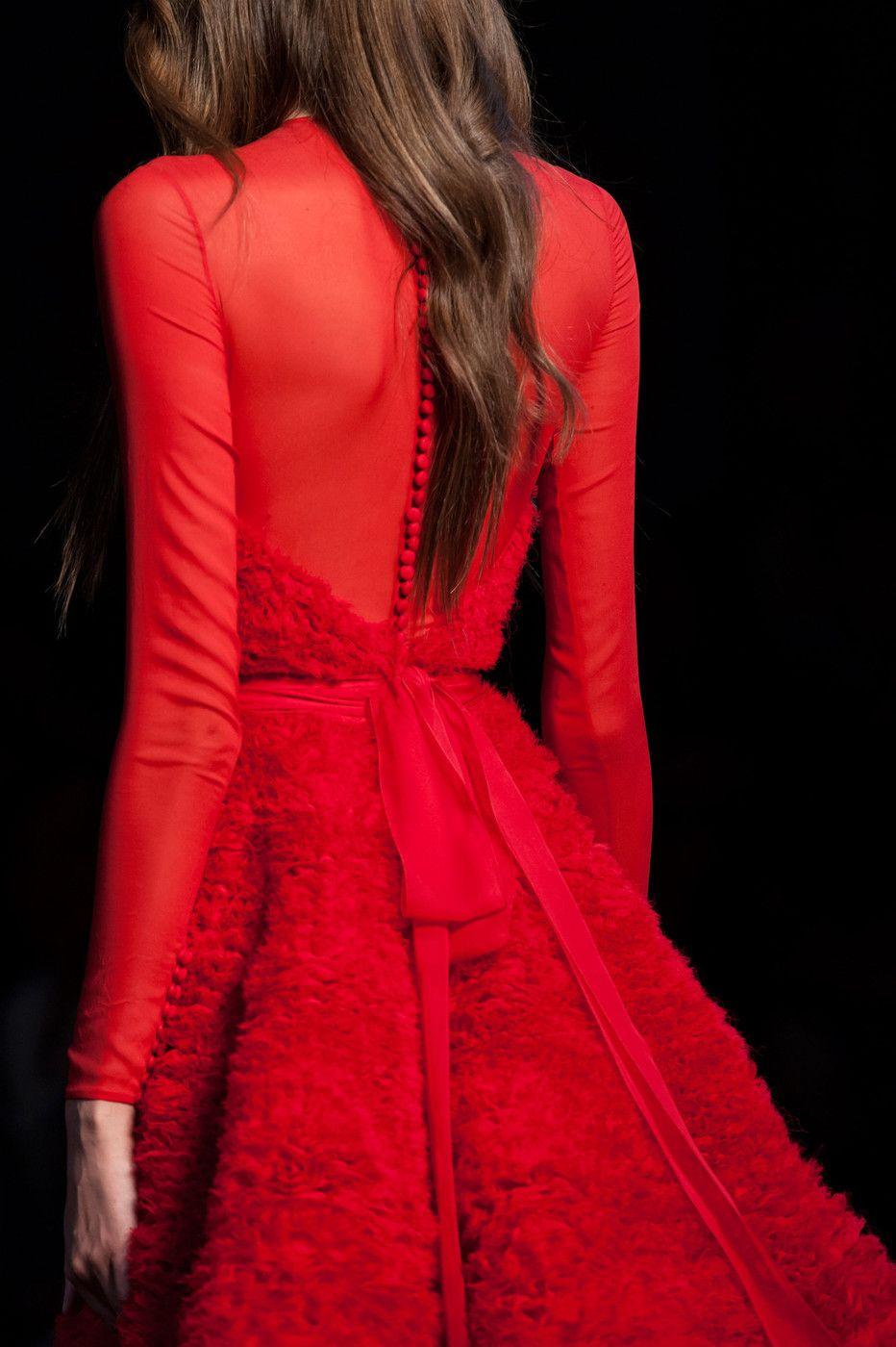 "fashionplex: "" lastfashionhero: "" Ralph & Russo Fall 2015 Haute Couture details "" F A S H I O N P L E X """