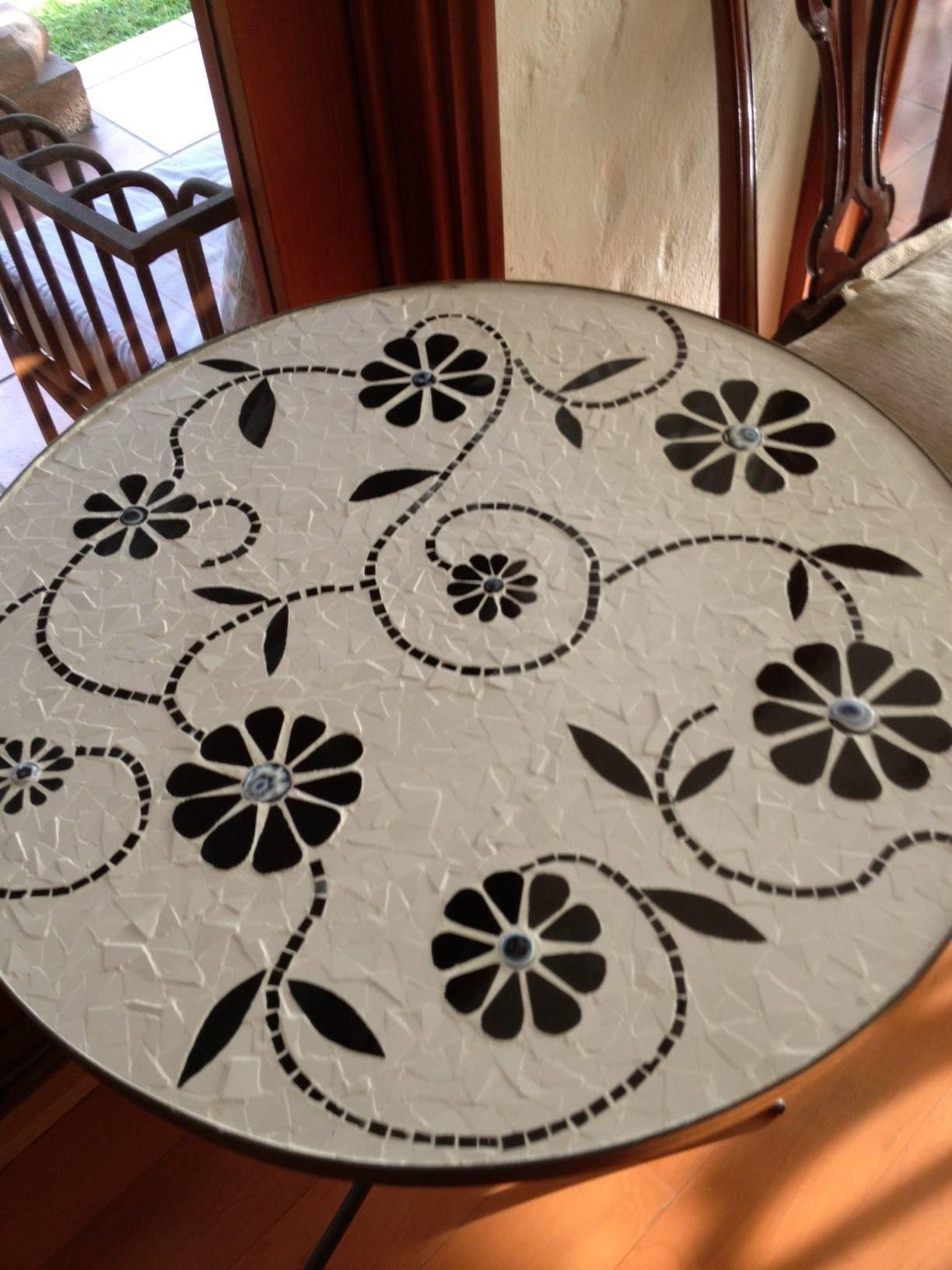 Beautiful Mosaic Table Mosaic Art Pinterest Mosaics White